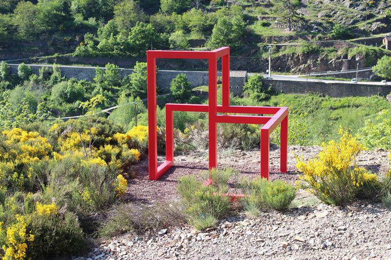 Sculpture 8 cubes - Bogumila Strojna
