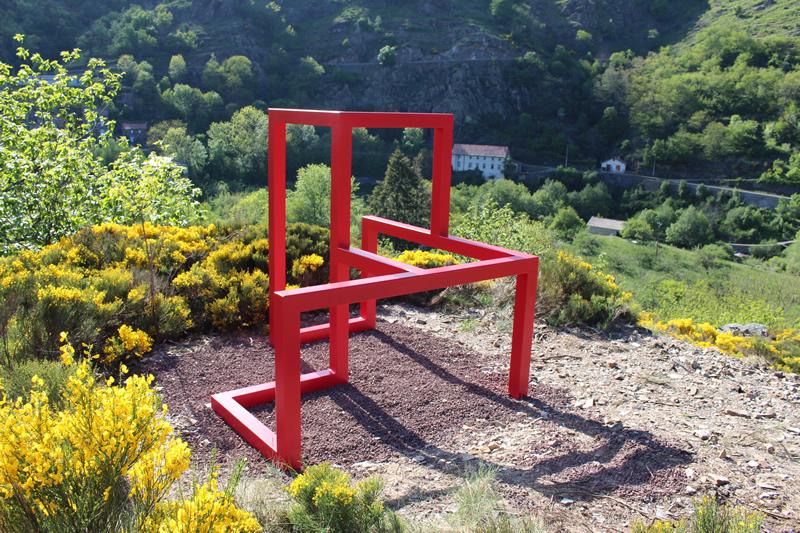 Sculpture 8 cubes - Bogumila Strojna - Sentier de Sculptures d'Altier
